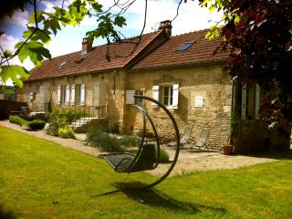 Nice Bed and Breakfast with Internet Access and Central Heating - Saint-Remy vacation rentals