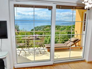 Nice 2 bedroom Condo in Ohrid with Deck - Ohrid vacation rentals