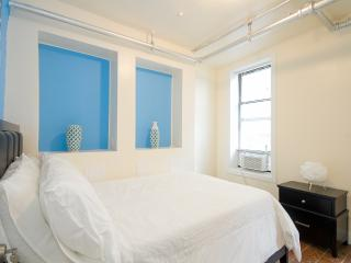 Luxurious 3 Bedroom Apartment - New York City vacation rentals