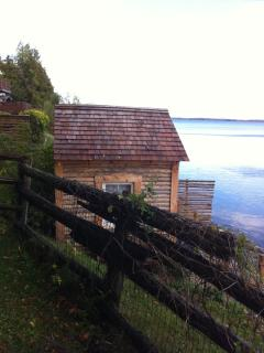 Bright Cottage with Deck and Short Breaks Allowed in Cherry Valley - Cherry Valley vacation rentals