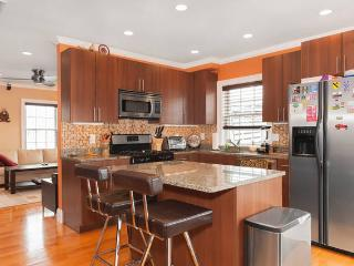 Location! Location! Modern 2BD 2 BA w/Parking - Boston vacation rentals