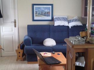 Cozy 3 bedroom Caravan/mobile home in Moelan sur Mer - Moelan sur Mer vacation rentals
