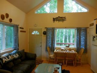 """Alaska Creekside Cabins"" Luxury waterfront suites - Wasilla vacation rentals"