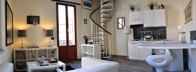 Gorgeous B&B in San Benedetto Del Tronto with Safe, sleeps 12 - San Benedetto Del Tronto vacation rentals