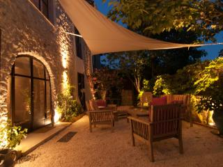 a silkworm thirteenth century renovated with elega - Quissac vacation rentals