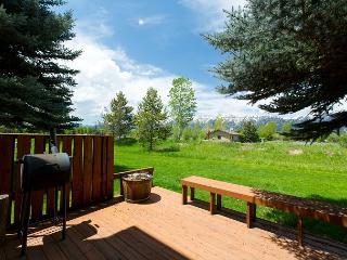 Beautiful Location in Jackson Hole at Teton Shadows! - Jackson vacation rentals