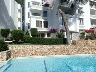3 bedroom Apartment with A/C in Cala Ferrera - Cala Ferrera vacation rentals