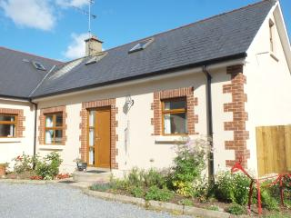 3 bedroom Cottage with Internet Access in Derry - Derry vacation rentals