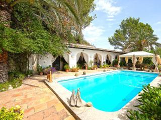 Poolside Villa with wonderful sea views - Galilea vacation rentals
