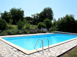 Contemporary Aquitaine villa with gorgeous shared pool - Saint-Paul-Lizonne vacation rentals
