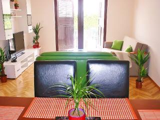 MH009 Two bedroom apartment Denis - Zadar vacation rentals