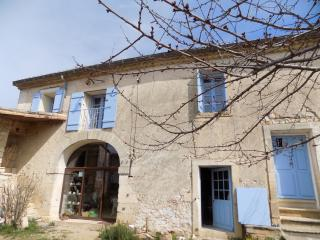 Nice Guest house with Internet Access and Central Heating - Galargues vacation rentals