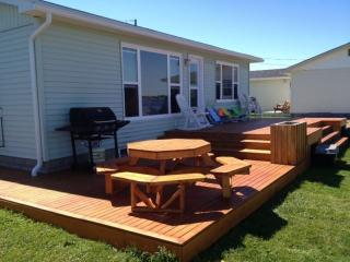 Oceanfront cottage in Grande-Digue, on Cocagne Bay - Grand-Digue vacation rentals