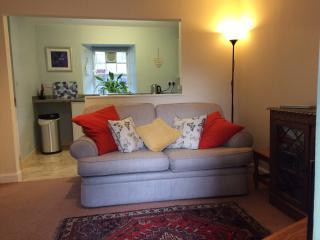 Bakehouse Cottage St Ninians Gardens Dunkeld - Dunkeld vacation rentals