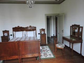villa padronale di inizio secolo XX - Mezzegra vacation rentals