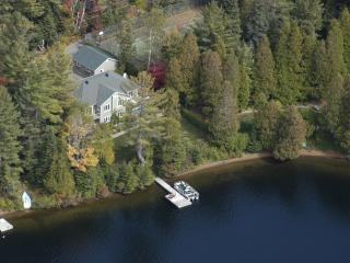 Nice 2 bedroom Bed and Breakfast in Saint-Adolphe-d'Howard - Saint-Adolphe-d'Howard vacation rentals