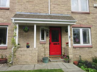 Homely Bed and Breakfast in Dunfermline, Scotland - Dunfermline vacation rentals