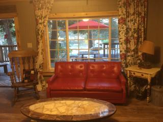cozy cottage with view of Green Valley Lake - Green Valley Lake vacation rentals