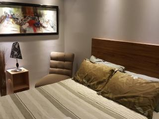 1 BR Fully Furnish, Makati Business Center 38 - Makati vacation rentals