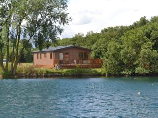 15 Misty Bay - Lake Lodge Hottub WIFI, Tattershall - Tattershall vacation rentals