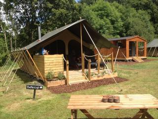 Daisy Meadow Safari Tents Glamping - Uffculme vacation rentals