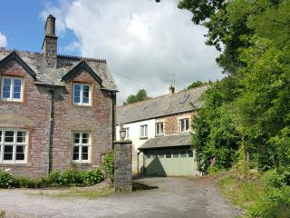 2 bedroom Cottage with Internet Access in Ivybridge - Ivybridge vacation rentals
