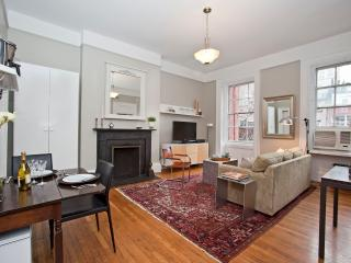 Luxury One Bedroom with Private Balcony - New York City vacation rentals