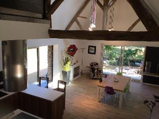 Cozy 2 bedroom House in Contigne with Internet Access - Contigne vacation rentals