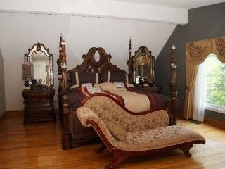 Nice House with Internet Access and A/C - Toronto vacation rentals