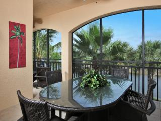 LUXURY 3 BED 3 BATH+DEN COACH HOME - Naples vacation rentals