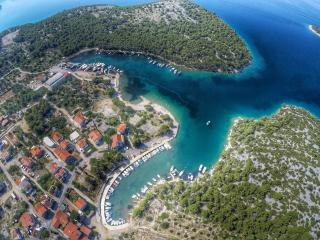 Sovlje bay, Apartment for 4 to 6 person - Tribunj vacation rentals