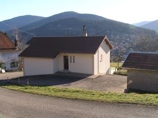 2 bedroom House with Short Breaks Allowed in Saulxures-sur-Moselotte - Saulxures-sur-Moselotte vacation rentals