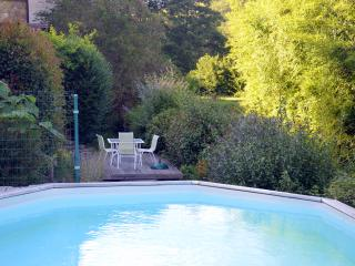 1 bedroom Gite with Shared Outdoor Pool in Saint-Perdoux - Saint-Perdoux vacation rentals