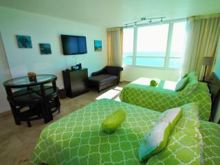 Peaceful Ocean Studio 1424 - Miami Beach vacation rentals