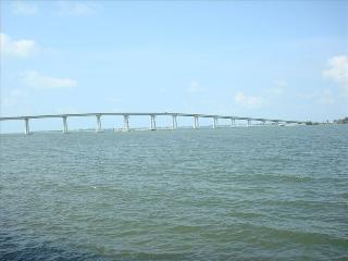 Waterfront Luxury Condo Minutes to Sanibel Island - Fort Myers vacation rentals