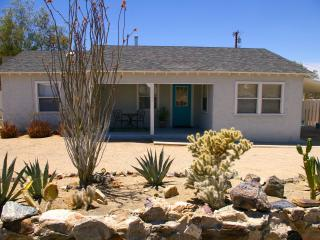 Adorable Bungalow - Furnished Vacation Retreat - Twentynine Palms vacation rentals