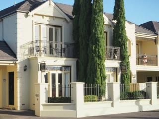 Beautiful Condo with Internet Access and A/C - Warrnambool vacation rentals