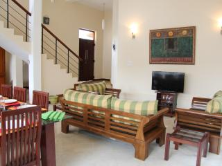 4 bedroom Villa with Internet Access in Colombo District - Colombo District vacation rentals