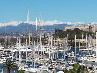 French Riviera view Marina Antibes 3 - Antibes vacation rentals