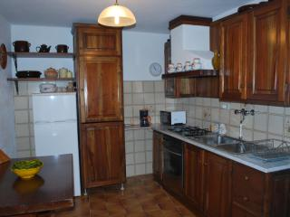 Nice 2 bedroom Townhouse in Camaiore - Camaiore vacation rentals