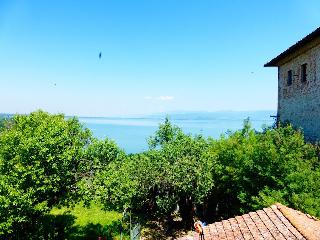 1 bedroom Townhouse with Internet Access in Castiglione Del Lago - Castiglione Del Lago vacation rentals