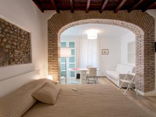 Luxury Apartment in Monti-Colosseum TCN - Rome vacation rentals