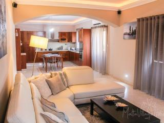 Large Downtown Apartment in St. Julians - Saint Julian's vacation rentals