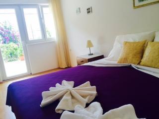 Apartman Jukica - Seget Vranjica vacation rentals