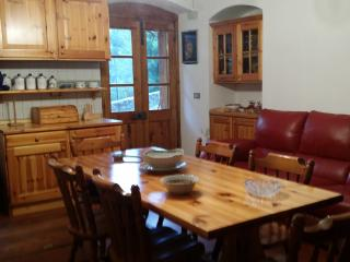 Nice House with Television and Grill - Calice al Cornoviglio vacation rentals