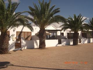Beachfront Bungalow, Playa Honda, Lanzarote - Playa Honda vacation rentals