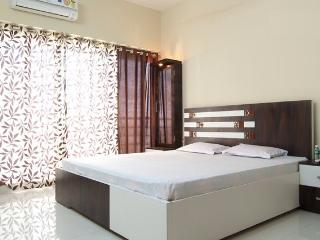 Luxury B&B in Goregaon East - Mumbai (Bombay) vacation rentals