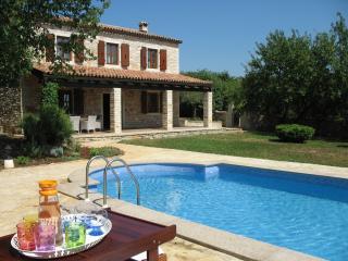 Villa Barbara in tranquil green Istria - Mofardini vacation rentals