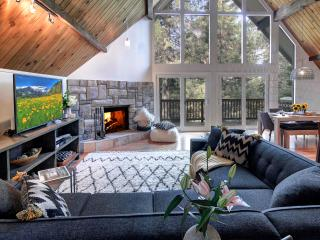 Luxury Cabin Newly Renovated-Perfect Retreat - Skyforest vacation rentals