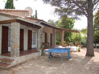 """Le Petite Fleur"" Secluded Villa, Lorgues,Provence - Lorgues vacation rentals"